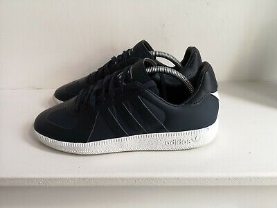 GENUINE ADIDAS ORIGINALS / WHITE MOUNTAINEERING trainers in size UK 6 / NAVY