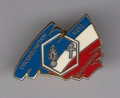 Rare Pins Pin's .. Gendarmerie Nationale Circonscription De Metz 57 Or 3D ~El