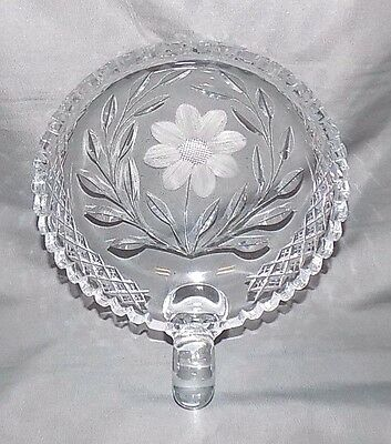"""Beautiful Clear Cut Glass Etched Flower One Handle Nappy Bowl, 6"""" in Diameter"""
