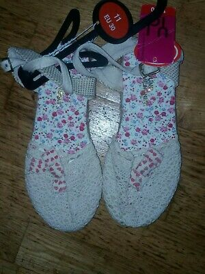 Bnwt Primark Young Dimensions Crocheted Shoes Size 11