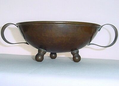 ARTS CRAFTS Rare RUSSIAN Hand Hammered COPPER BOWL Rich Patina VERDIGRIS Signed
