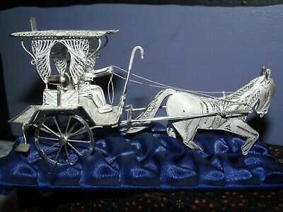 Vintage Balinese Sterling Silver Horse Drawn Carriage Filigree Art Piece 925
