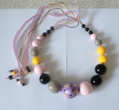 LES NEREIDES PARIS Beautiful, very striking necklace large wooden beads EXC COND