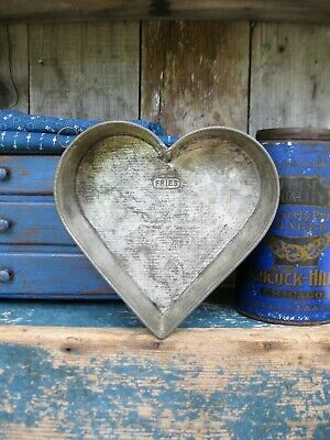 Early Antique Fries Tin Heart Cake Pan w Rolled Edges Small Size Free Shipping