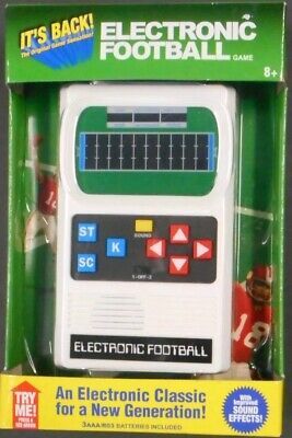 ELECTRONIC FOOTBALL GAME Handheld Mattel Classic Retro Vintage 70's