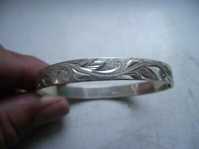 1973 STERLING SILVER HALLMARKED SNAP BANGLE BRACELET DETAILED 18g VERY GOOD