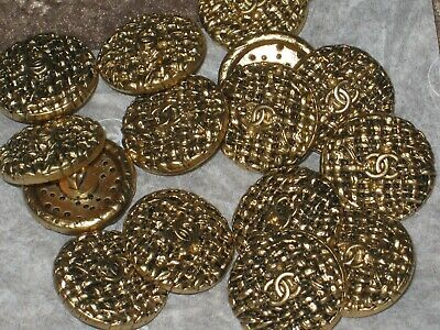 Chanel 17 Cc Logo  Antique Gold Metal Buttons  16  Mm/ Under 3/4''  New Lot 17