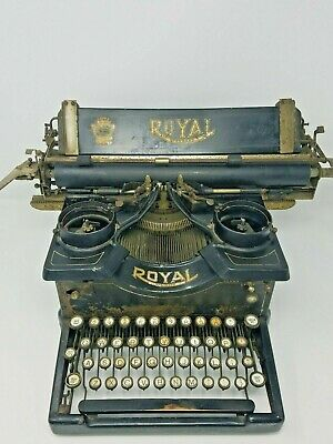 Antique Model 10 Royal Typewriter