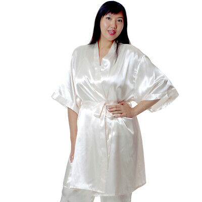 Plus Size Lingerie One Size Queen Short Robe Ivory VX3028X