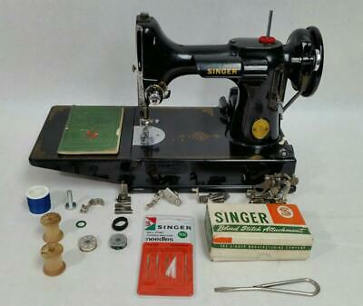 Singer Sewing Machine Featherweight 221-1 1947 W/ Case & Attachments (HE3003683)