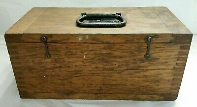 Vintage Carpenters/Machinists Wood Tool Box w/Dado Top/Bot & Finger Joint Corner