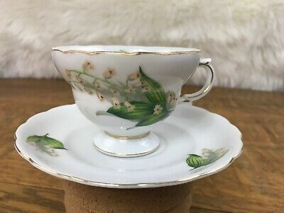 Vintage Royal Sealy Japan ~ Footed Tea Cup & Saucer ~ Fine China