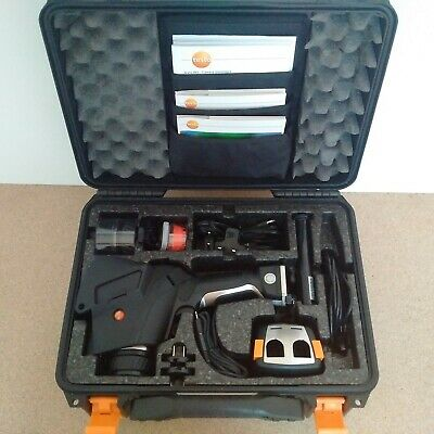 Testo 881-3 Thermal imager with all accessories and CDs / Caméra thermique