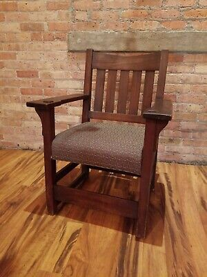 Vintage Gustav Stickley V Back Arm Chair Arts & Crafts Mission  Style Side