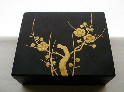 SMALL Gorgeous Museum Quality JAPANESE Lacquer BOX Incredibly EXQUISITE Blossoms