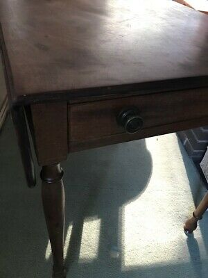 Antique late drop leaf Occasional table For Restoration