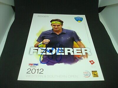 Roger Federer Signed 2012 W&S Open Official Player Card PSA/DNA COA Auto. 1F