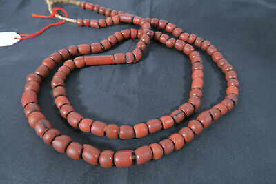 Antike Glasperlen Handelsperlen AT41 Green hearts Galet Rouge Trade  Beads