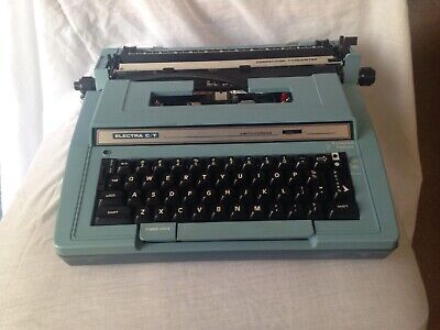Vintage Blue Smith Corona Electra C/T Correction Typewriter Model 3L With Case