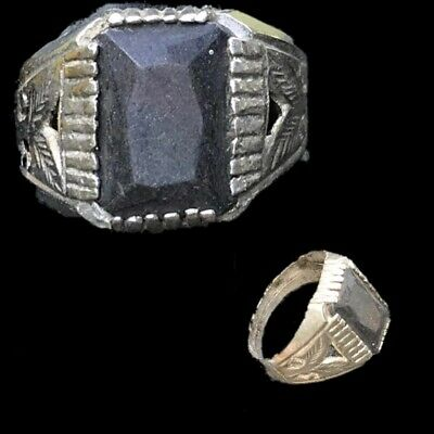 Stunning Top Quality Post Medieval Ring (1)