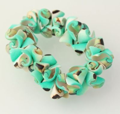 New Chunky Beaded Bracelet - Dyed Green Shell Beads Stretch Band Women's