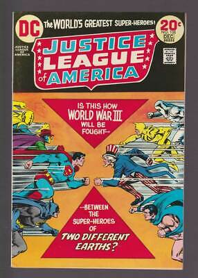 Justice League of America # 108  Two Different Earths ?  grade 8.5 scarce book !
