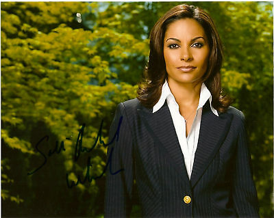 Eureka Salli Richardson Autographed 8x10 Photo COA