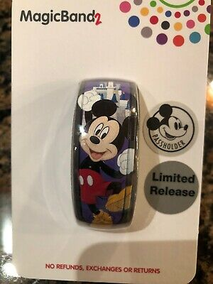Walt Disney World Mickey Mouse 2019 Passholder Limited Release Magic Band 2 NEW