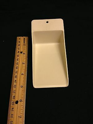 Tupperware rocker scoop canister Off White scoop gadget Used