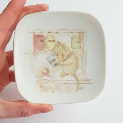 L. STEWART Hand Painted butter pin dish MOUSE IN THE PANTRY design