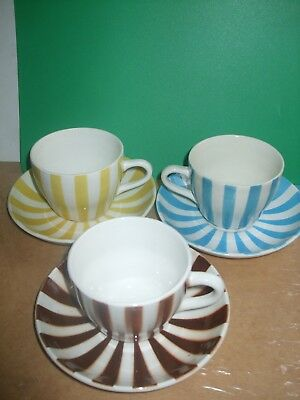Ditmar Urbach Old Vintage Tea Cups And Saucercups Made In Czechosloakia