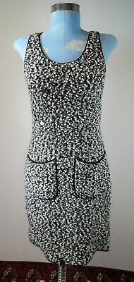 CHANEL Boutique 94A 1994 Autumn Collection Size 8/40 Wool Blend Sleeveless Dress