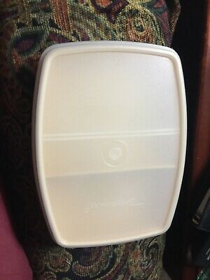 TUPPERWARE Vintage Almond Packette Divided Small Container #813 + Lid #814