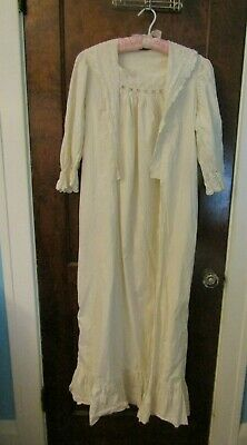 Antique Victorian Women's White Cotton Nightgown Wrapper Square Lace Collar