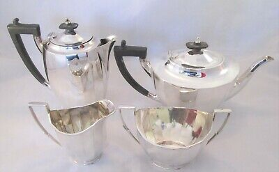 A Fine Art Deco 4 Piece Silver Plated Tea Set - Mappin & Webb