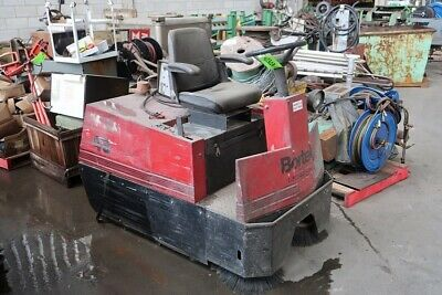 Factory Cat Electric Riding Sweeper