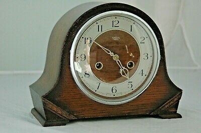 ANTIQUE/VINTAGE 1950's SMITHS OAK CASE MANTLE CLOCK WITH KEY & PENDULUM