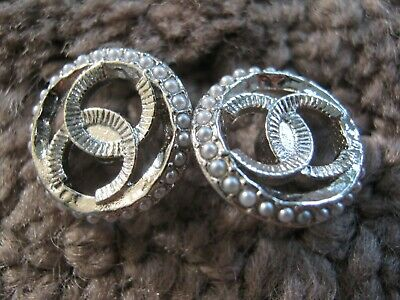 Chanel 2  Silver Metal Cc Logo Front  Pearl Buttons  12 Mm Small New Lot 2