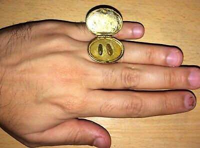 Rare antique amulet ring COBRA SNAKE STONES inside ancient gold plated ring jade