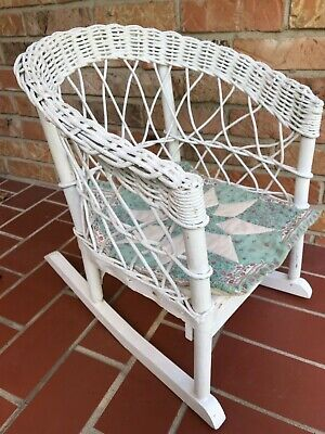 Antique Vintage White Wicker Child's Rocking Chair Rocker Furniture GUC Old