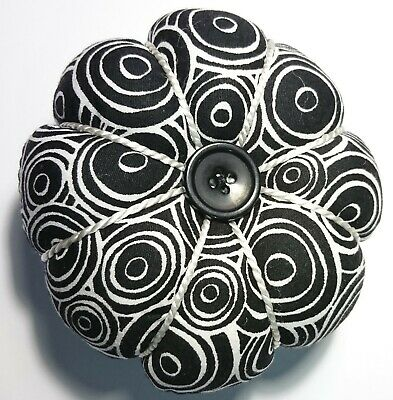 Wrist Pin Cushion Pincushion Black White Pumpkin Shape Flower Petal Arm Fabric