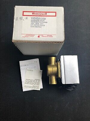 """Honeywell Electric Voltage Zone Valve, Sweat Connection, 3/4"""" Pipe"""