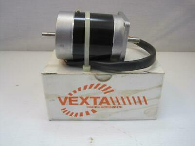 13720 Vexta PH268M-E 1.5B Stepping Motor 2-phase 0.9 Step Model DC 5.4V 1.5A