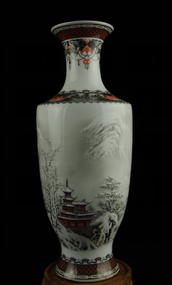 china old famille-rose porcelain Hand painted Snow porcelain vase Ac02E