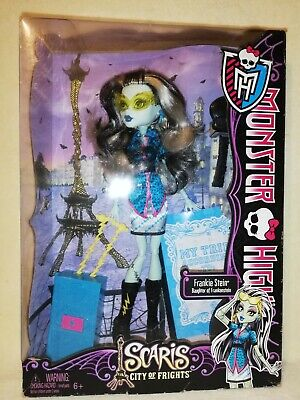 Monster High Frankie Stein Scaris City Of Frights 2012 BNIB. ARTISTIC SET!