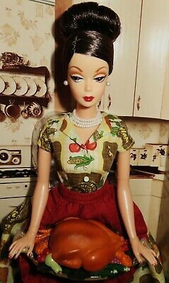 Nrfb Barbie ~(N75) Holiday Hostess Collection Thanksgiving Feast Gold Label Doll