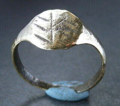 A UK found genuine ancient Roman bronze ring - wearable