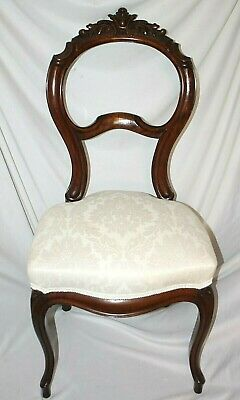 Antique Victorian Ornate Walnut Chippendale Balloon Back Chair W/ Cabriole Legs.