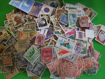 UNSORTED/DUPLICATED STAMP MIXTURE APRX 80gms OFF PAPER COMMONWEALTH & WORLD