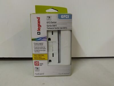 Pass & Seymour radiant 2097TRWCC10 20 Amp Self-Test GFCI Safety Outlet-White-NEW